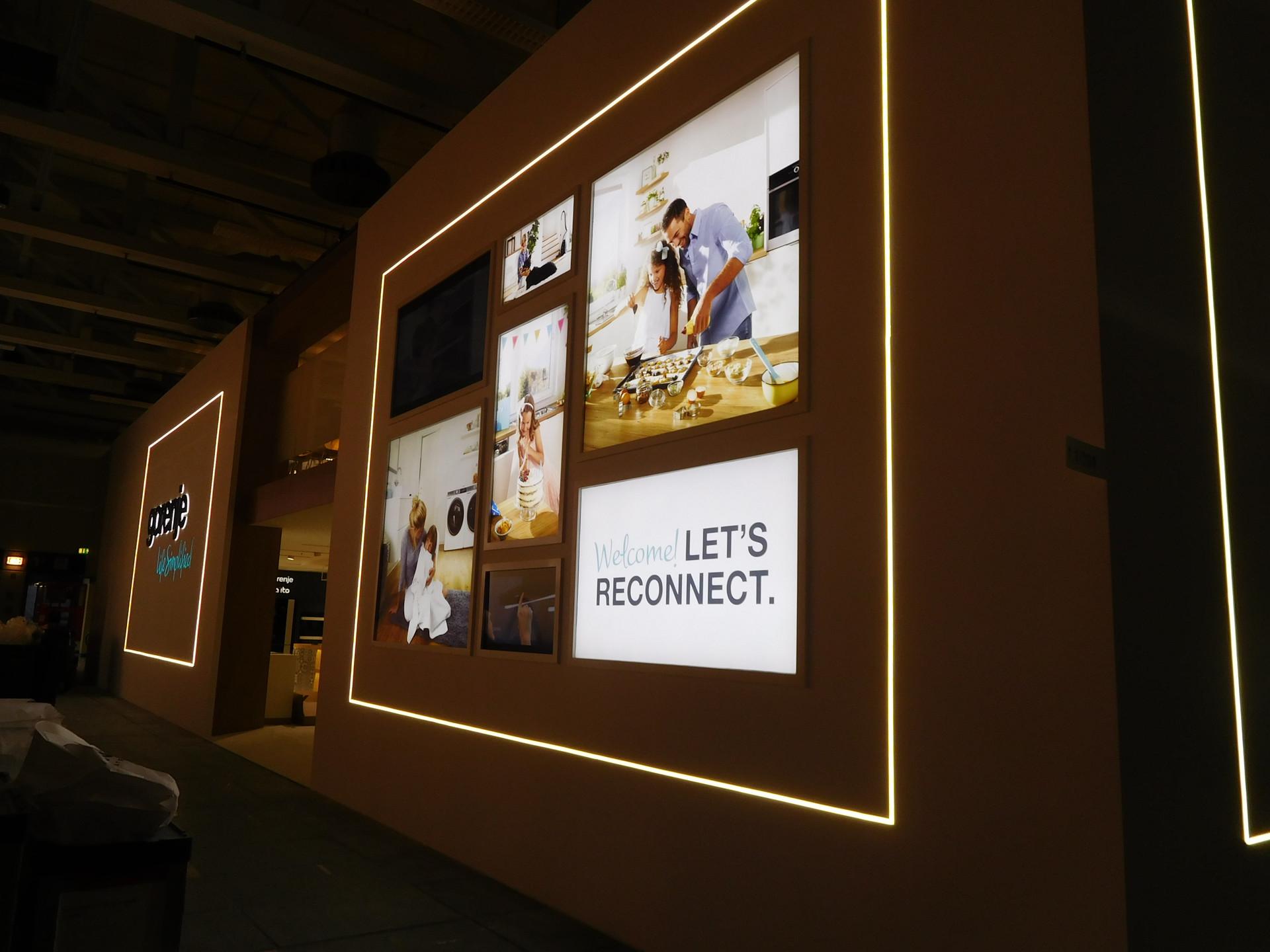 Exhibition Display Panels : Exhibition walls custom theme